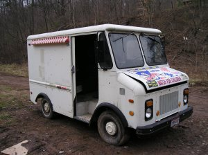 unmarked ice cream truck